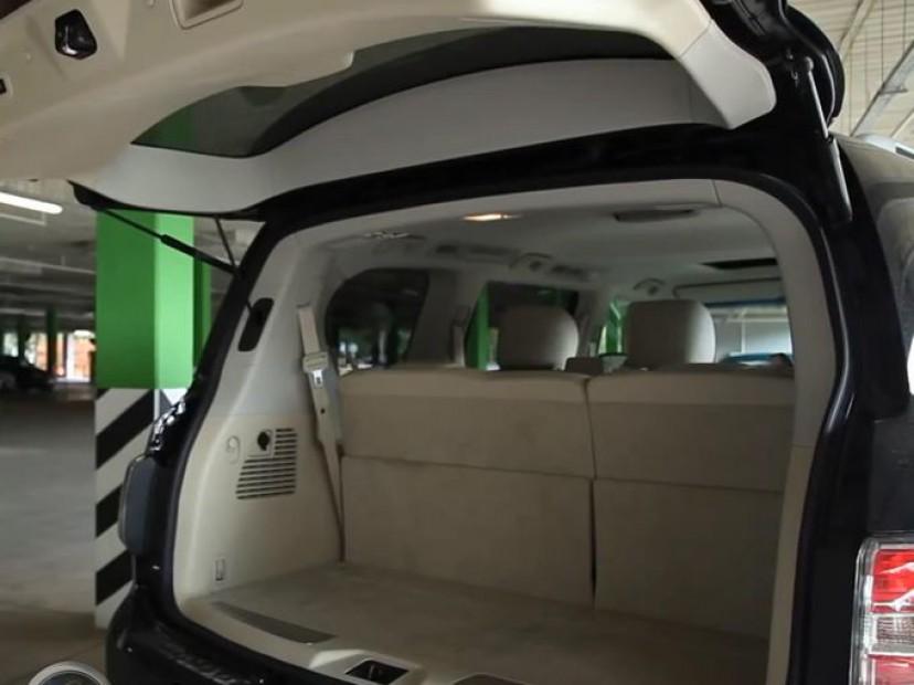 Nissan Patrol 2014 фото багажника