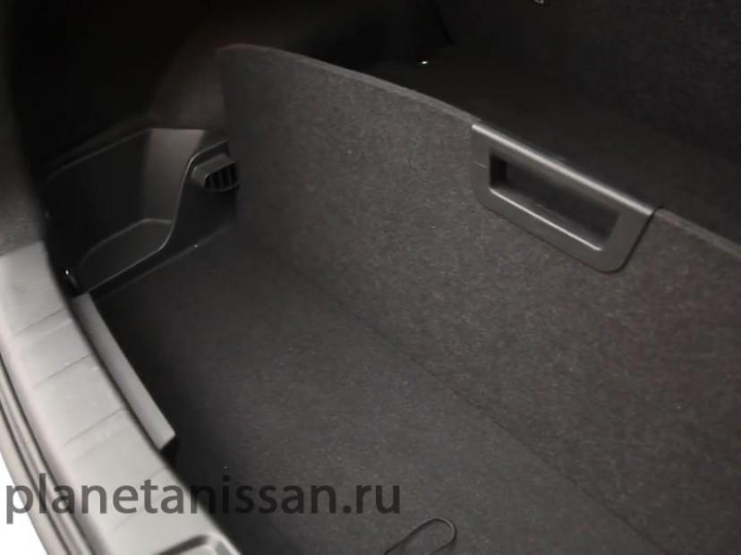 фото новый nissan qashqai - полочки в багажнике